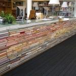 bancada de livros