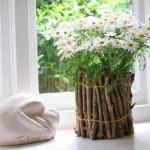 Como decorar um vaso de plantas com gravetos