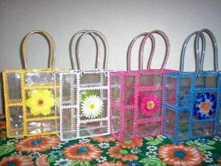 ideia de bolsa com material reciclado