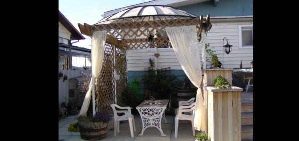 jardim com antena parabólica