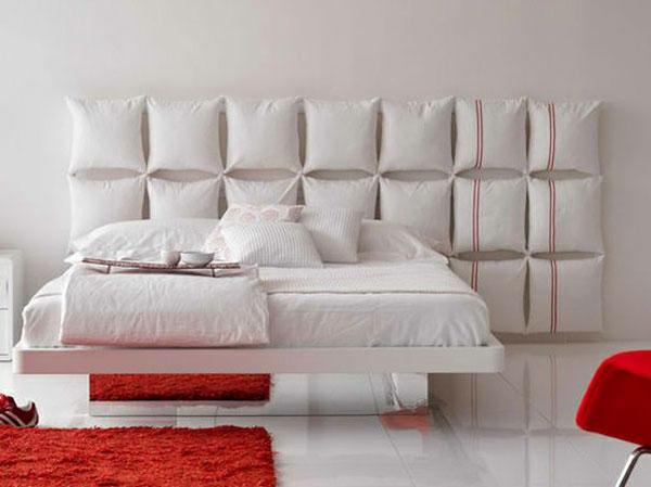 cabeceira de cama de almofadas