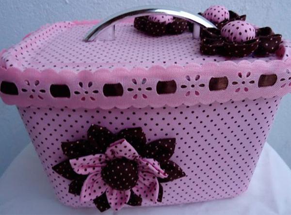 pote decorado de sorvete rosa
