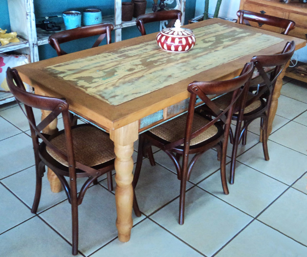 movel reciclado mesa de jantar