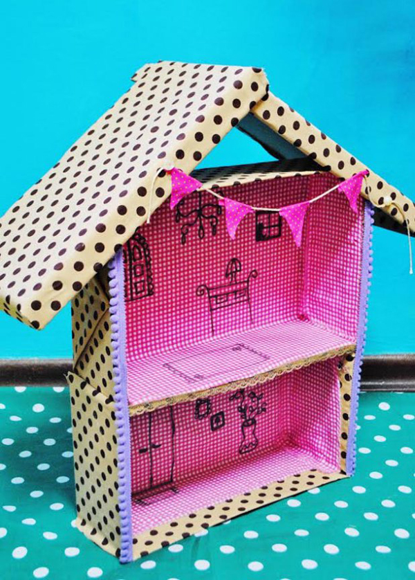 casa de papelao pequena
