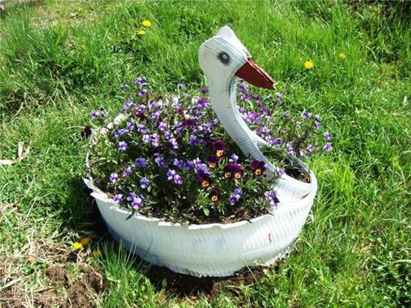 reciclagem de pneu cisne