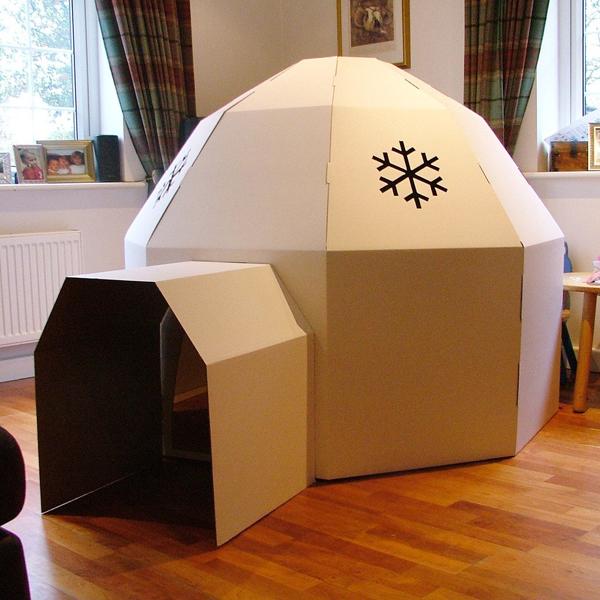 casa de papelao iglu