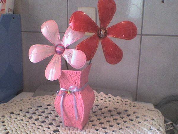 flor de pet no vaso