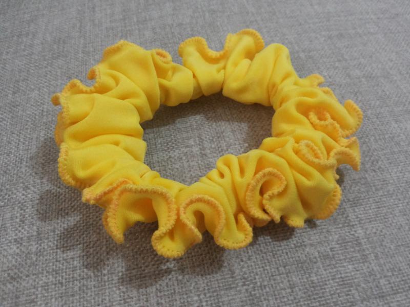 xuxinha amarela