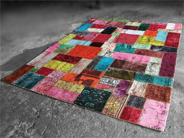 Reciclagem no meio ambiente 8 modelos de tapetes for Tappeti colorati