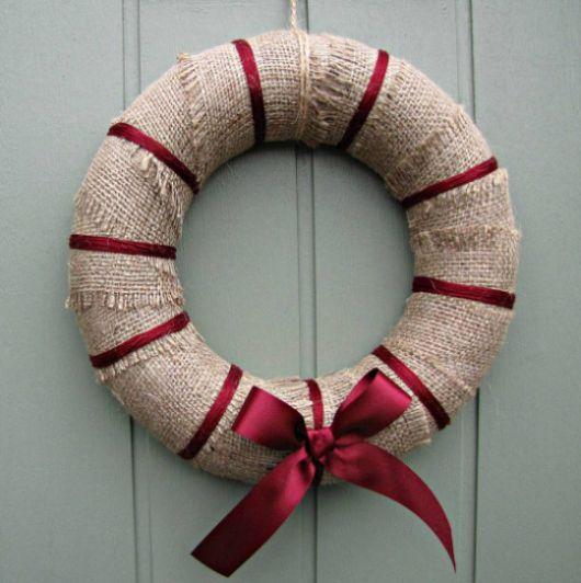 Faça enfeites para o Natal com reciclados e economize enquanto consegue peças lindas (Foto: welldidyouevah.wordpress.com)