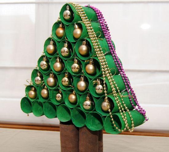 Como fazer uma rvore de natal de rolo de papel higi nico - Arbol de navidad artesanal ...