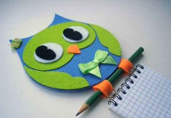 Esta coruja de CD pode ficar em qualquer cantinho de sua casa (Foto: icreativeideas.com)