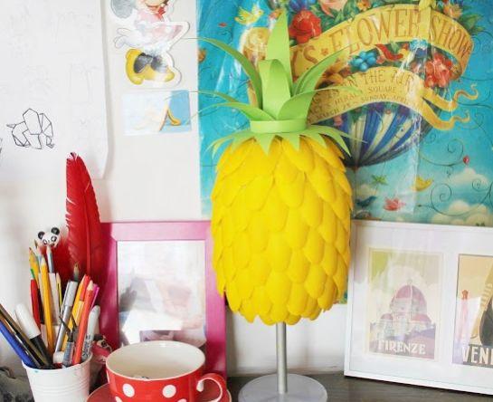 Este artesanato com reciclagem de colher de plástico é simpático e decora de forma primorosa (Foto: craftbyphoto.com)