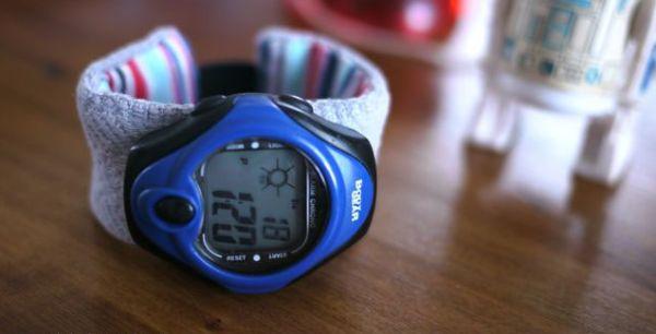 Você pode até vender esta pulseira de relógio de material reaproveitado (Foto: michelemademe.com)