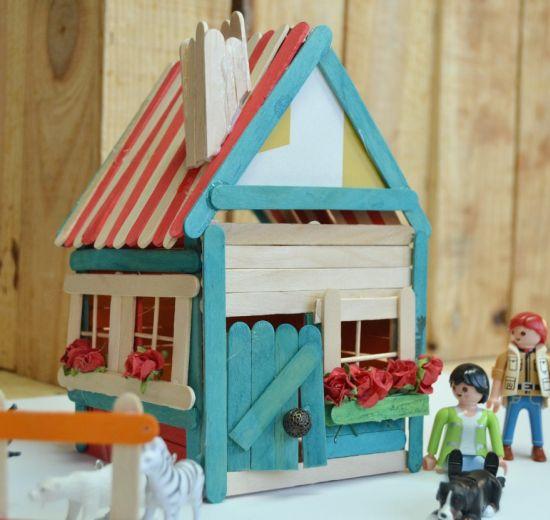 Casinha de palito de picolé é linda e divertida (Foto: mummycrafts.com)