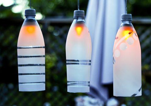 Luminárias de garrafa pet são lindas e democráticas (Foto: easypapercrafts.com)