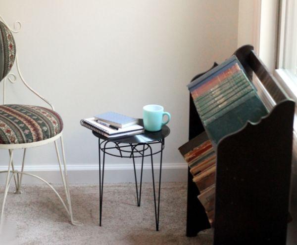 Esta ideia criativa para decoração com disco de vinil pode fazer parte de vários estilos de décor (Foto: theflourishingabode.com)