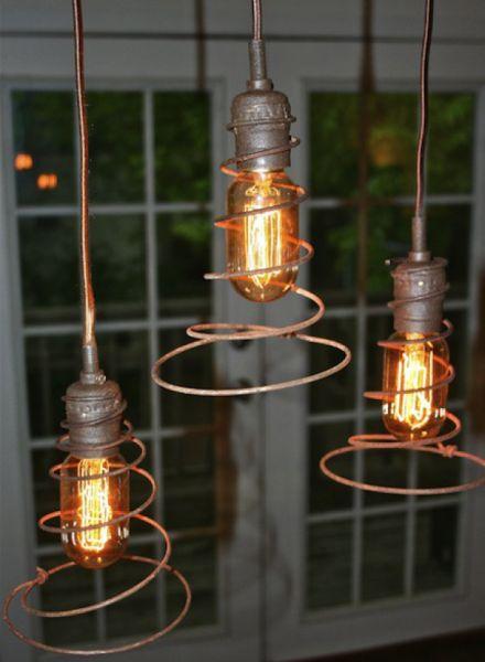 Não faltam ideias legais para reaproveitar molas de colchão (Foto: recycledcrafts.craftgossip.com)