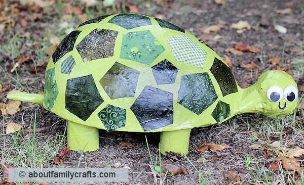 Tartaruga com material reaproveitado agrada a todos (Foto: aboutfamilycrafts.com)