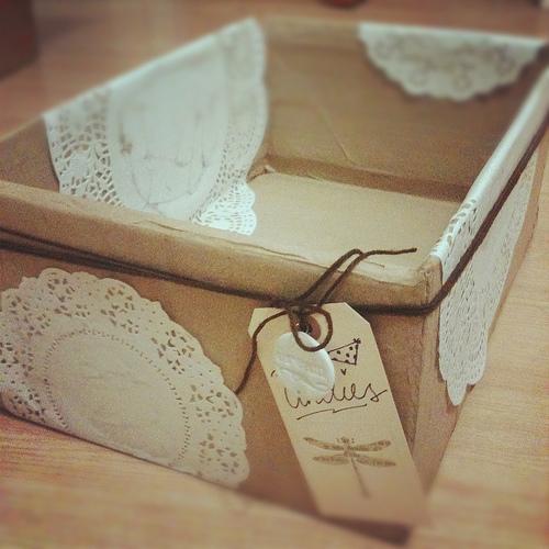 Faça várias desta caixa organizadora vintage e organize com mais charme o seu dia a dia (Foto: iamartisan.com)