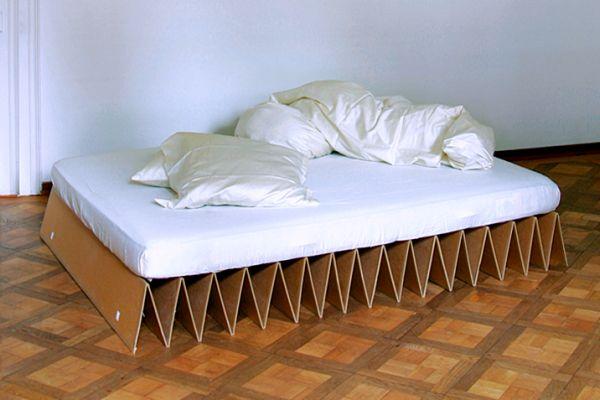Invista também nesta ideia de iluminação com material reutilizado para a sua festa (Foto: kiflieslevendula.blogspot.com.br)