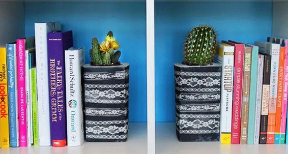Reutilizando caixas de leite para decoração você também economiza (Foto: brit.co)