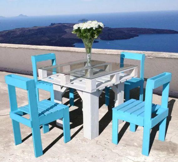 Jogo de mesa com pallets auxilia o nosso meio ambiente sem deixar de ser lindo (Foto: brit.co)