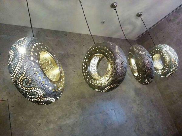 Reaproveitar pneus velhos de forma muito criativa pode deixar os seus ambientes mais divertidos (Foto: boredpanda.com)