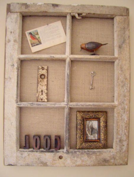 É ótima e barata opção reaproveitar uma janela velha na decoração vintage (Foto: coolhomecreations.blogspot.com.br)
