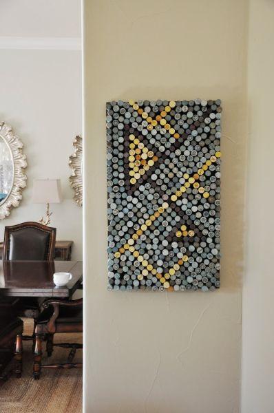Esta ideia criativa de decoração com rolhas de vinho pode ter o motivo que você desejar (Foto: livingwithpunks.com)