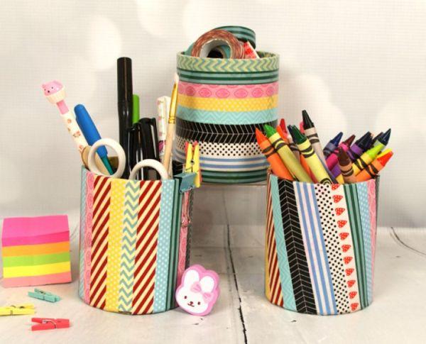 Porta-lápis com reciclagem de rolo de fita é também uma peça decorativa para a sua escrivaninha (Foto: trimcraft.co.uk)