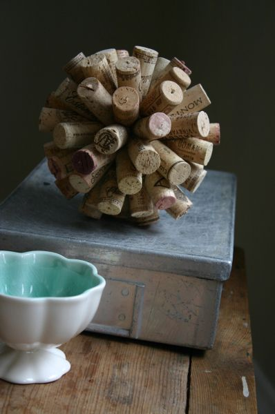 Esta reciclagem diferente com rolhas de vinho é também muito linda  (Foto: cfabbridesigns.com)