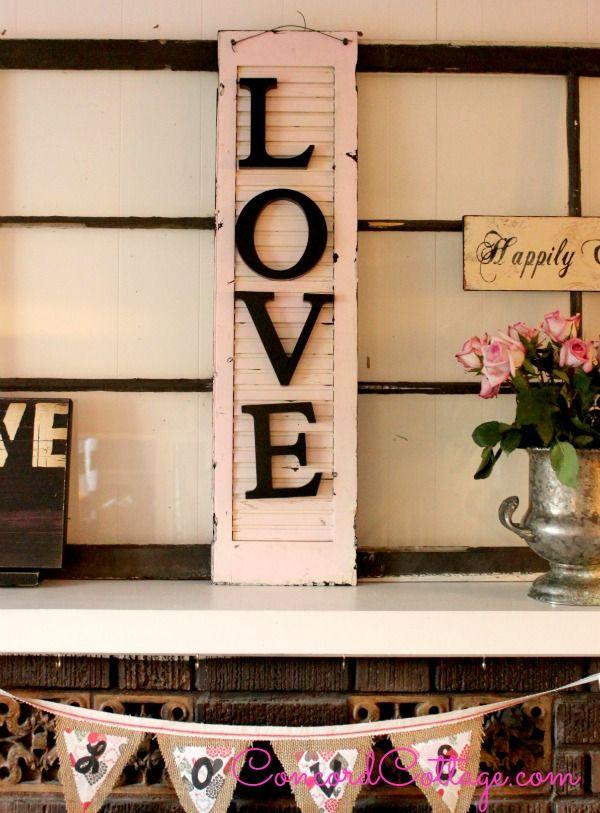 Faça já esta linda e diferente reciclagem com janela de madeira velha (Foto: concordcottage.com)