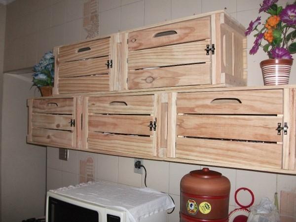 Kit Adesivo Joia De Unha ~ Reciclagem no Meio Ambiente Armários de cozinha feitos de caixote de madeira