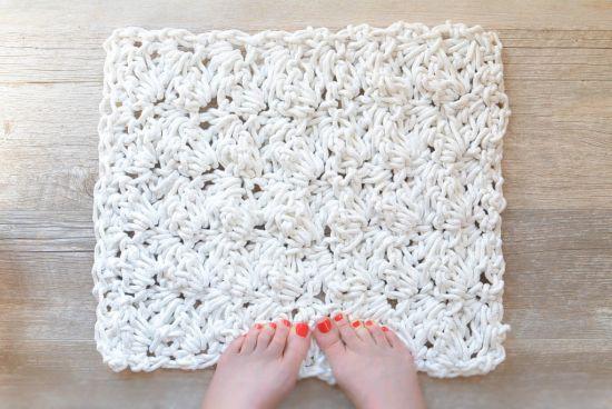 tapete em croche em barbante branco