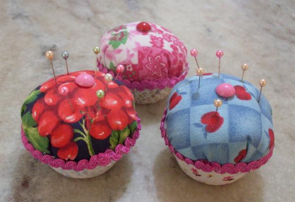 alfineteiro artesanal cupcake