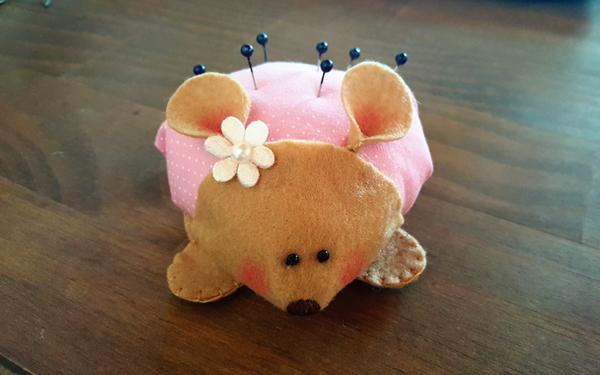 alfineteiro artesanal rato