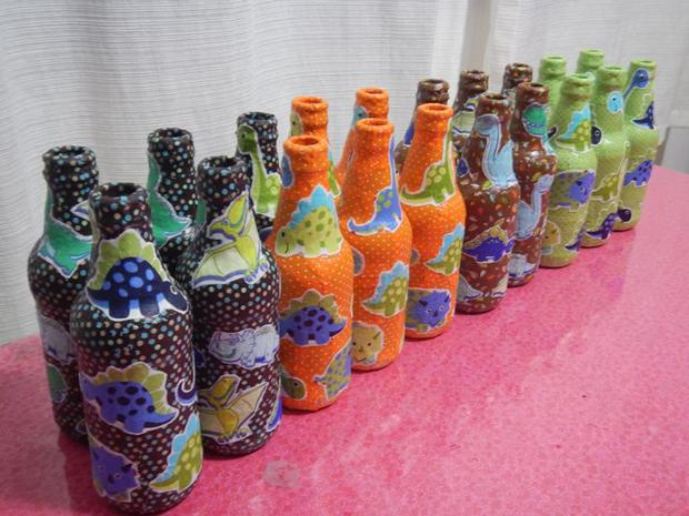 decoração de garrafa com guardanapo