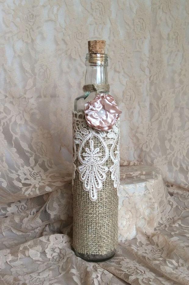 decoração de garrafa com renda
