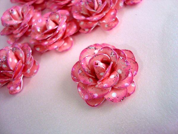 rosa em papel poa