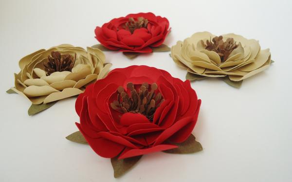 rosa em papel colorida