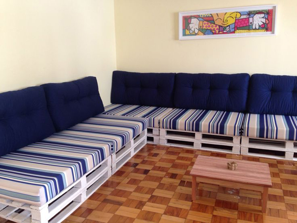 movel reciclado sofa