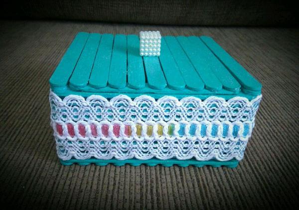 artesanato com palito de picolé caixa