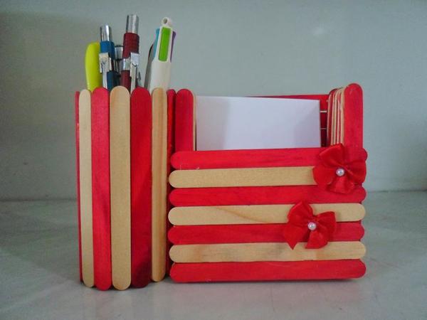 artesanato com palito de picolé porta caneta