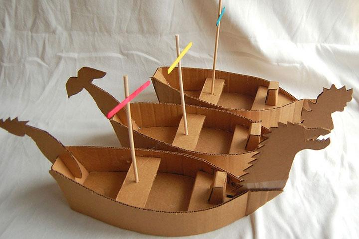 artesanato com papelão barco