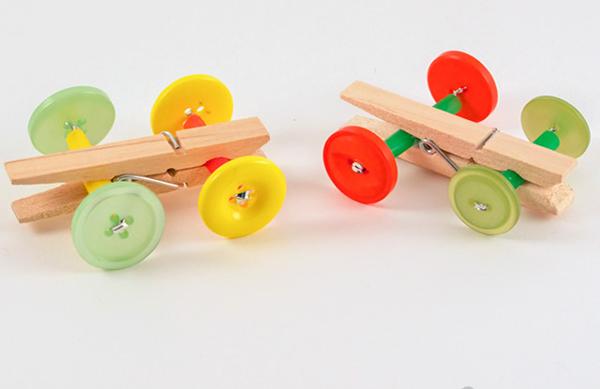 brinquedo reciclado de prendedor