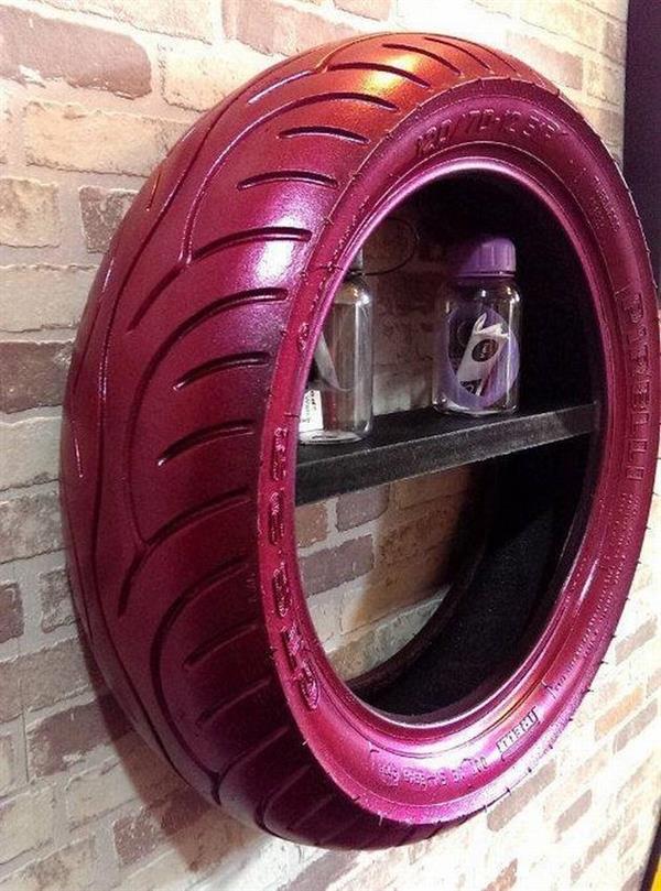 prateleira de pneu
