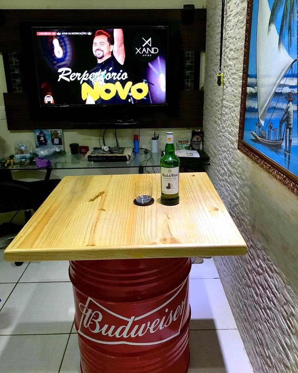 mesa para sala de jogos