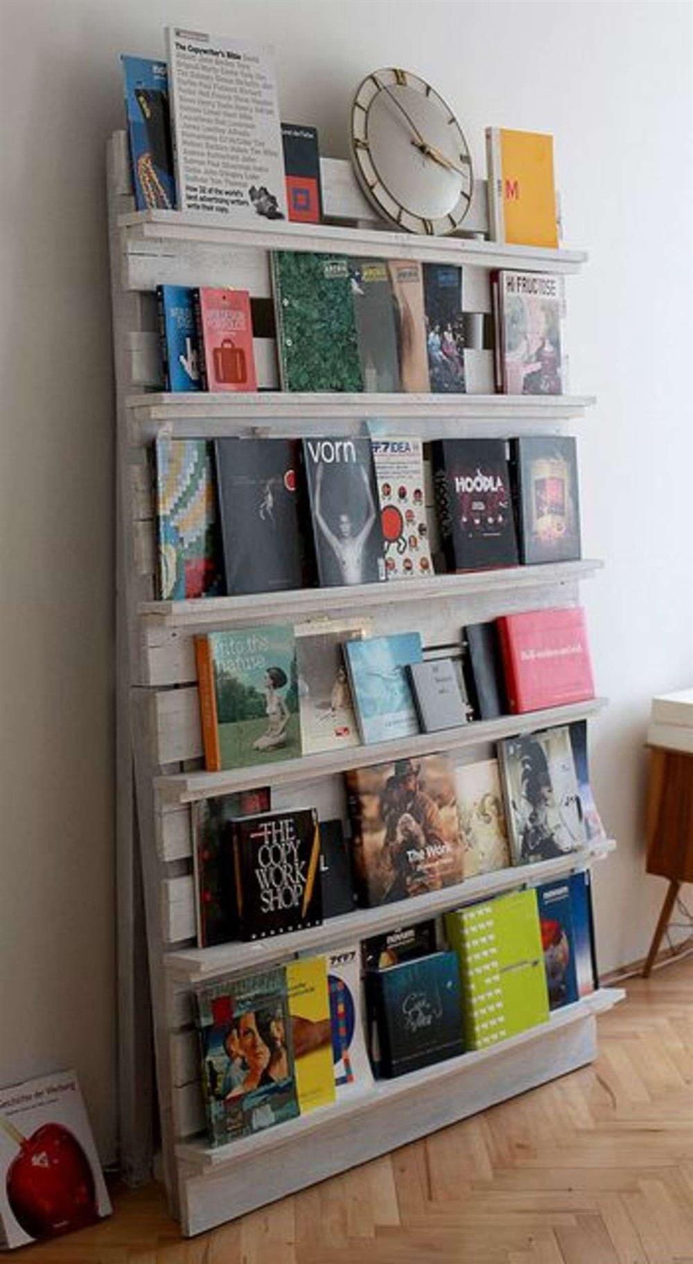 suporte para livros de pallet